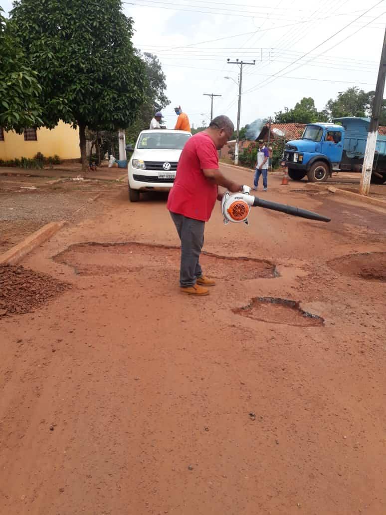 Prefeitura de Angico inicia operação tapa-buraco em ruas da cidade